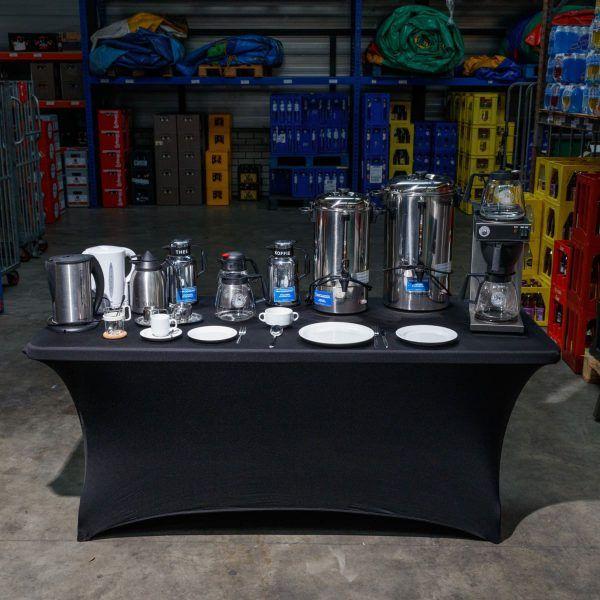 Koffieapparaat - borden - bestek